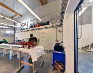 Farbtechnik und raumgestaltung theodor sch fer for Polsterer jobs schweiz